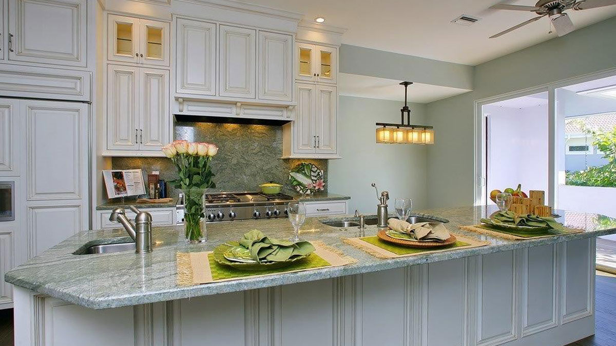 Metro Cabinet Company Of Sarasota Florida Kitchen Bath And